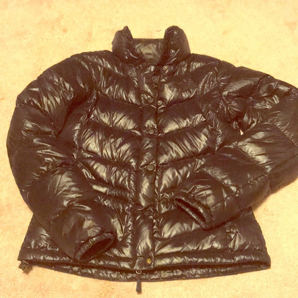 c35d094a1 North Face black shiny puffer jacket.